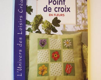 Book - cross-stitch - 45 flowers in cross stitch patterns