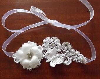 Flower white silk beaded and rhinestone cuff