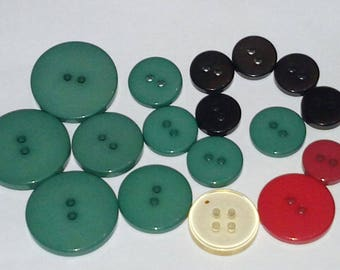 set of 10 buttons vintage plastic green, red, black, from 11 to 21 mm scrapbooking