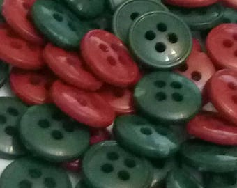 set of 10 buttons vintage plastic green and Red 11 mm scrapbooking