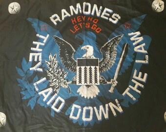 RAMONES SCARF