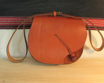 """Women brown leather handcrafted """"Plume"""""""