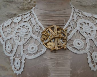 Old collar. French lace collar. vintage collar. art deco collar. old lace collar. antique collar, jabot, Ascot, dress accessories
