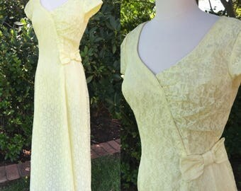 Vintage 1950s yellow lace dress