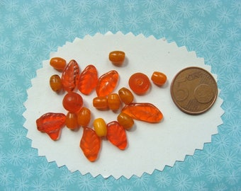 Set of 20 beads in glass shades orange 8mm
