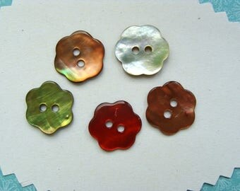 5 Pearl flower buttons 13mm 4 colors