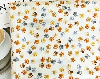 Step by step 100% Cotton Fabric BY HALF YARD / Dog paw print animal puppy / quilting / foot print / Ykfabrics JC8/70+