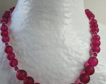 Frosted pink glass beads necklace