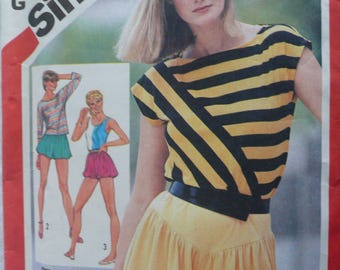 Women's or Misses' Pull-on Shorts and Pullover Top Pattern, Vintage Simplicity 5932, Size 10 - 14, Stretch Sewing