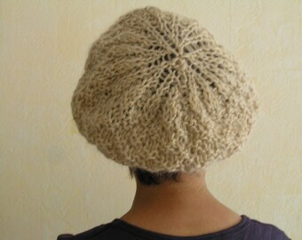Beige hand knit beret, model unique