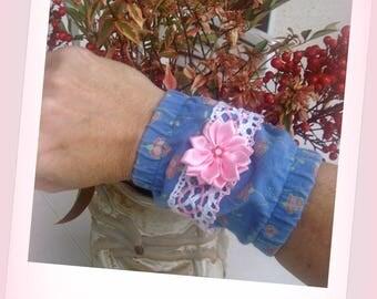 CUFF BRACELET, cotton, lace and flowers