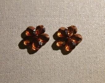 Perle fantaisie en plastique en forme de fleur marron