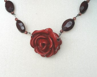 Red rose bead necklace