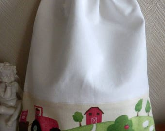 Toy bag for storing farm animals