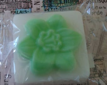 Peppermint lavender and spearmint flower top soap