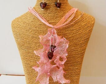 Metallic pink Organza necklace with earrings