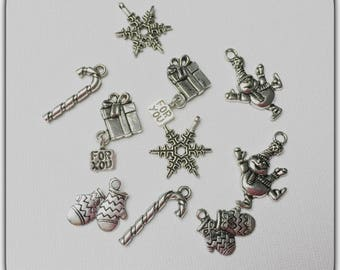 Set of 10 charms mixed themes Christmas, winter.