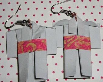 Pair of earrings gray kimono