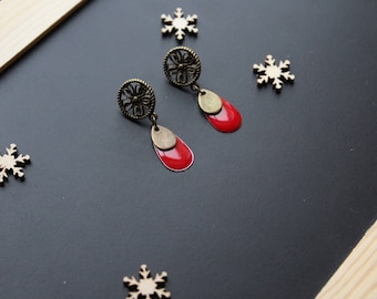 Ethnic earring, red sequin drop shape