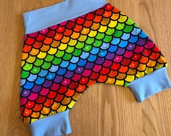 Harems, harem shorts, toddler shorts, baby bloomers, kids shorts, jersey shorts, bloomers, handmade bloomers, rainbows, monochrome, 1-2 year