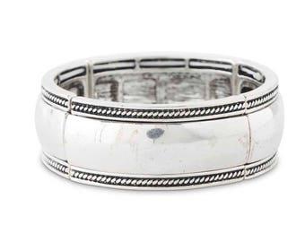 Antique Silver Stretch Bracelet!