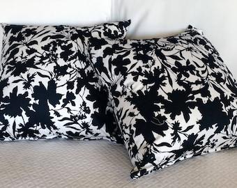 Black and white flowers cushion decor Fantasia Cotton