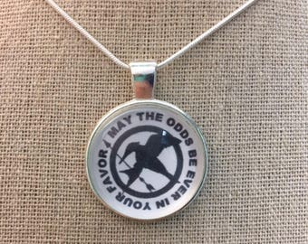 May the odds be ever in your favor pendant.Hunger games pendant necklace.Hunger games jewelry.Mocking bird charm.