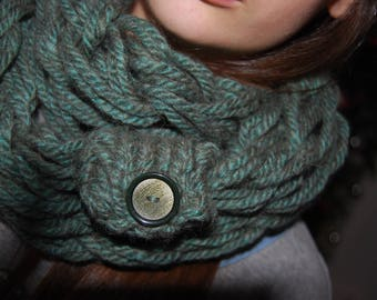 Arm knit Infinity scarf