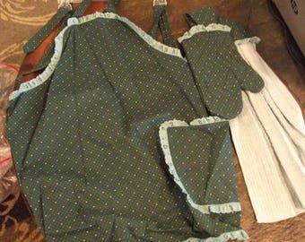 green full apron set