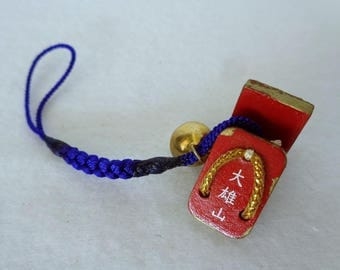 Y39;Omamori strap,Japanese Shinto shrine wooden miniature Geta sandals charm with bell,Omamori talisman,made in Japan/price is for one strap