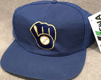 Milwaukee Brewers Trucker Hat M L Vintage Mesh SnapBack MLB Baseball Cap 1369