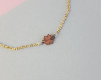 Minimal simple brass and copper clover bracelet