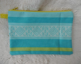 Multipurpose cotton lined clutch.