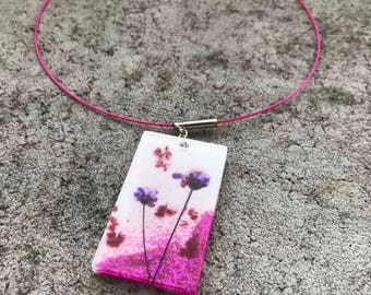 Necklace with resin Pendant