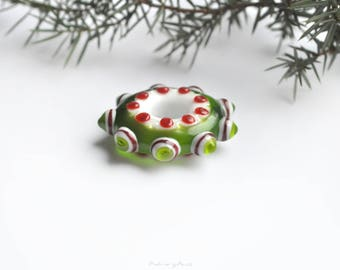 Green glass star, lampwork pendant, glass pendant, holiday decorations, mandala pendant