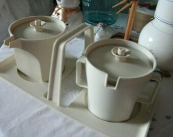 Tupperware Cream and Sugar with Tray