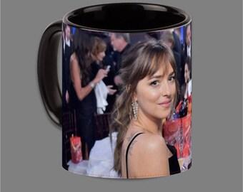Dakota Johnson Jamie Dornan Coffee Cup Fifty Shades #0014