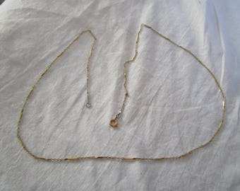 27 inch Fancy Link Gold Tone Chain Necklace