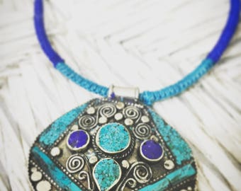 HIMALAYA macrame Necklace Tibetan jewlery Handmade