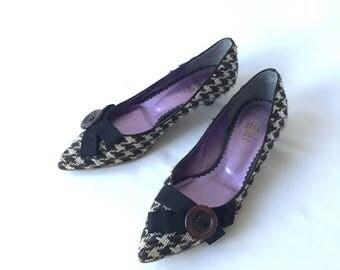 ANNA SUI kitten heel Shoes