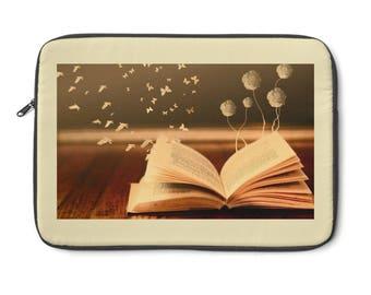 Magic of Books Laptop Sleeve