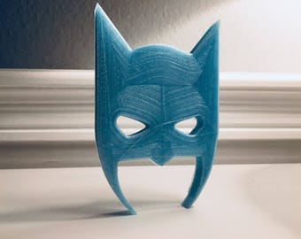 Batman emblem made of moonlighter material. Lights up in the dark//gift for him//gift for friend//3d print