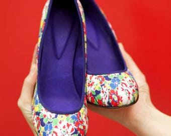 Melanie Rounded Toe Pump | Red, Blue & White