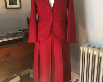 1970s pure wool deep red two piece