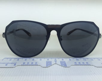 rare and unique Givenchy sunglasses brand new SGV A11