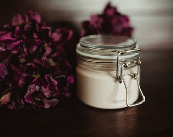 Purple Brazilian Clay Mask with Rose, Lavender and Geranium Essential Oils