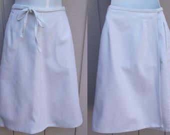 Vintage 70s White Cotton Denim Duck A-line Wrap Skirt by Koret City Blues / Size Med - Lge