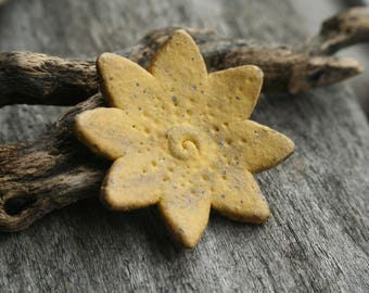 Handmade Flower Shank Button