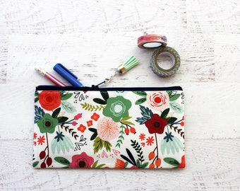 Floral pencil pouch - bullet journal accessory - gift for mom - gift for writers - floral pen pouch - planner pen holder - tassel charm bag