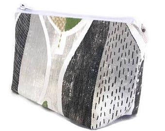 small makeup bag, cosmetics bag, green, leaves, zipper bag, zipper pouch, gift for women, gift for teacher